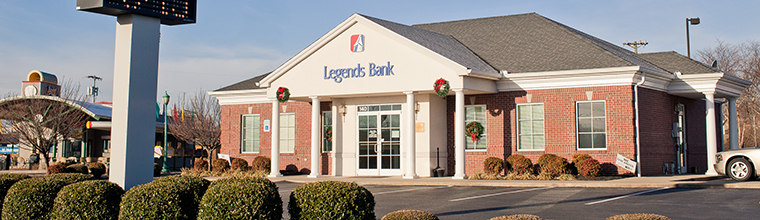 A photo of the front of the Legends Bank branch building located at 140 Dover Road in Clarksville, Tennessee