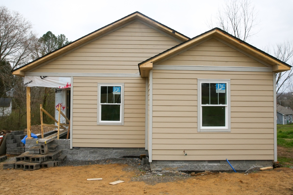 legends-bank-cheatham-county-build-house